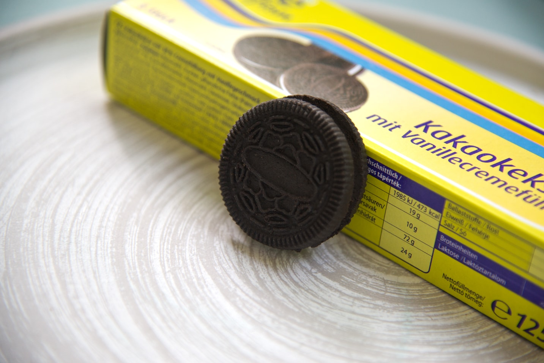 Die Spar free from Kakaokekse mit Vanillecremefüllung
